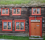 The wooden buildings in Røros mirror a mixture of European cultures.