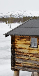 "The ""bua"" hut that is now at Reva, was once a sauna for lumberjacks at Rödsjön."