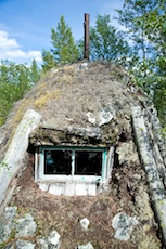 Old Sami cot at Rödsjöarna. Photo: Marcus Elmerstad.